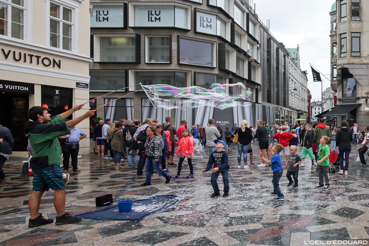 Artiste de rue sur la place Amagertorv, Copenhague