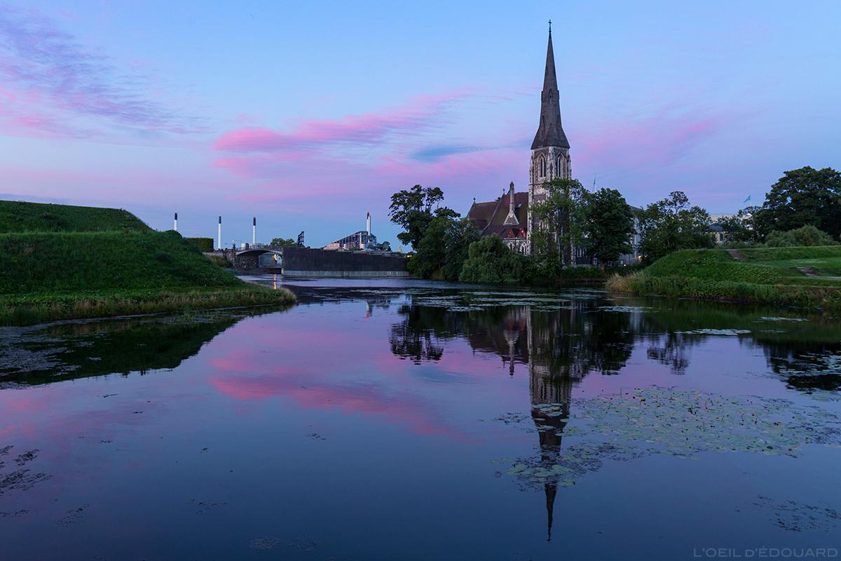 Église Saint-Alban à Kastellet au crépuscule, Copenhague