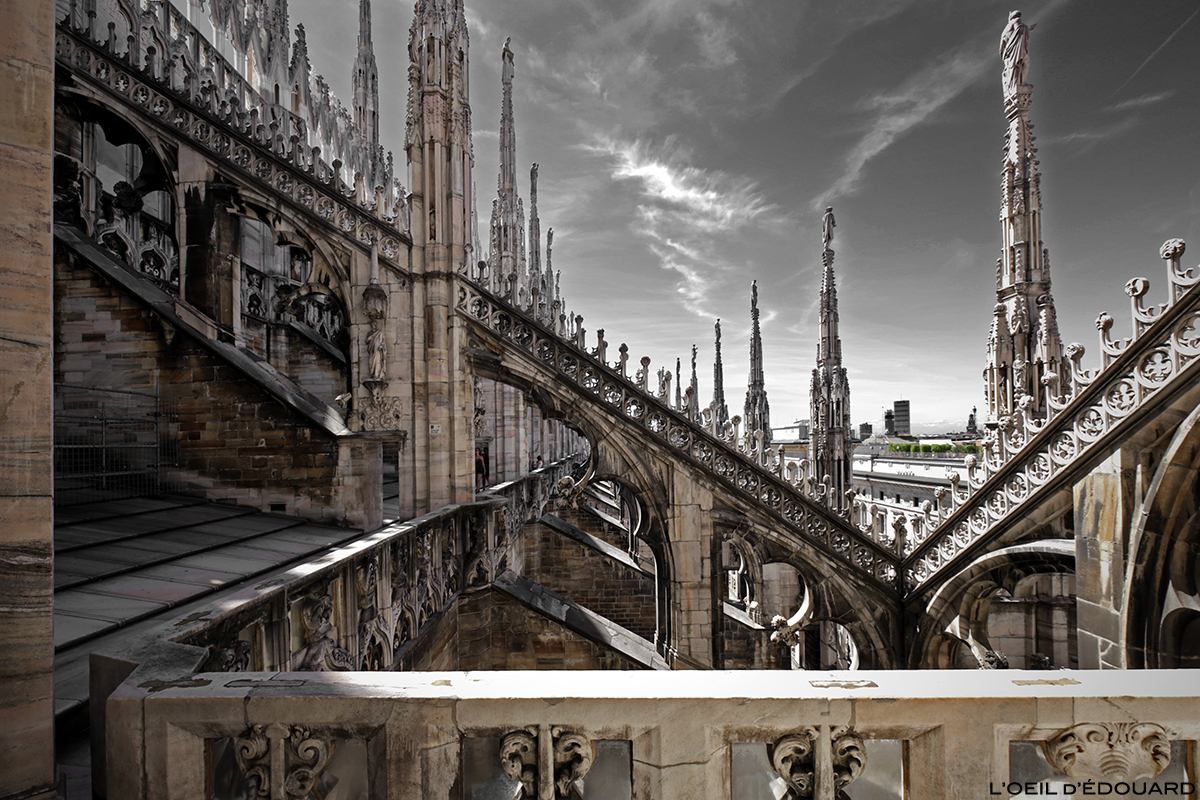 Coursive Terrasse de la Cathédrale du Duomo de Milan - Architecture Gothique - Duomo di Milano © L'Oeil d'Édouard - Tous droits réservés