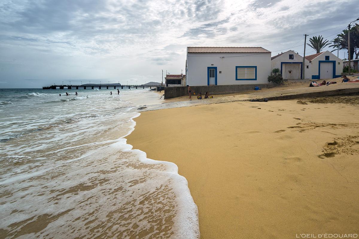 Plage de Vila Baleira sur l\'Île de Porto Santo praia, Madère / Beach Madeira Islands © L\'Oeil d\'Édouard - Tous droits réservés