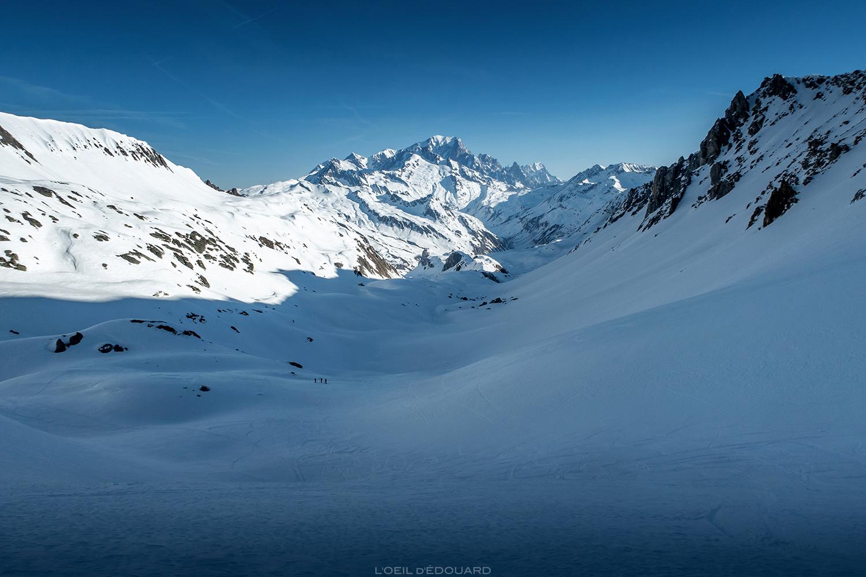 La Combe de la Neuva, Massif du Beaufortain, et le Mont Blanc - ski de randonnée en hiver